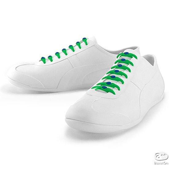 靴ヒモが大嫌いな方へ。不意にほどけてしまう。履く度に結び直さなければならな靴ヒモから解放してくれる、新しいシステム。もちろんお気に入りのシューズはそのまま。